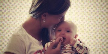 Um dos sentimentos mais lindos e emocionantes na cumplicidade feminina é com certeza, o momento em podemos presenciar a beleza que existe, em ver as nossas amigas serem mães.