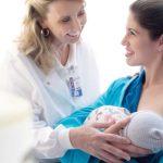 Bebês amamentados precisam fazer jejum para exames