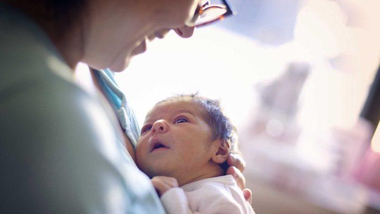 respiração de um recém-nascido