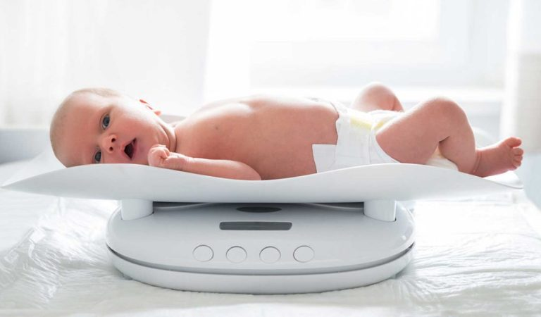 Curva de peso e crescimento do bebê: uma fixação materna