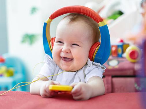 Crescer sorrindo: 5 dicas para ter o bebê mais feliz do pedaço