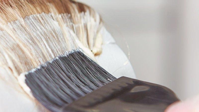 Gestantes podem pintar cabelo