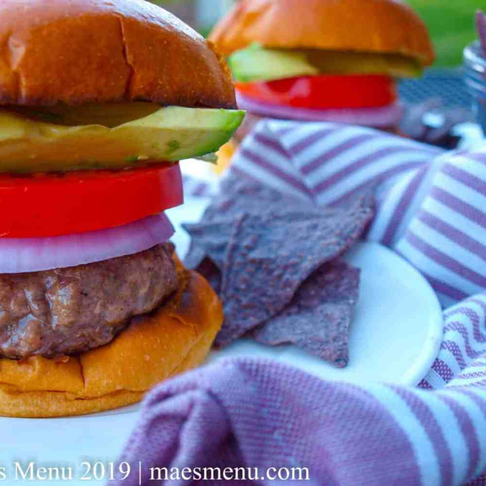 How to Make Juicy Hamburgers