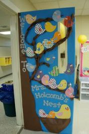 porte decorate primavera door spring classroom 1