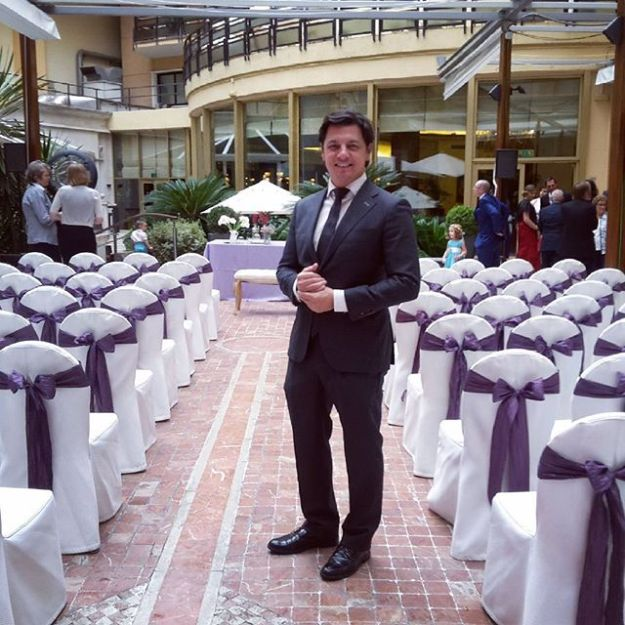 Bilingual civil wedding ceremony in Madrid Intercontinental Hotel