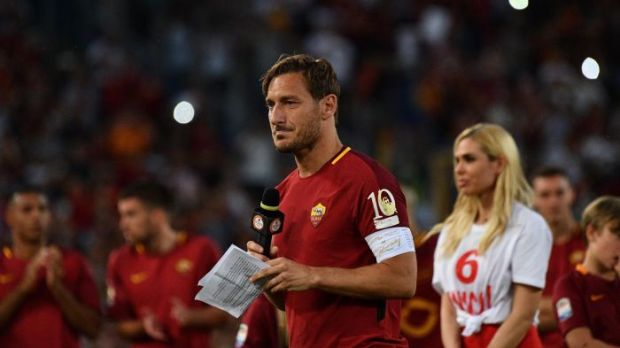 Francesco Totti - buat baju bola