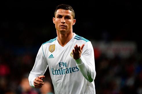 cristiano ronaldo-jersey sepak bola terbaru real madrid