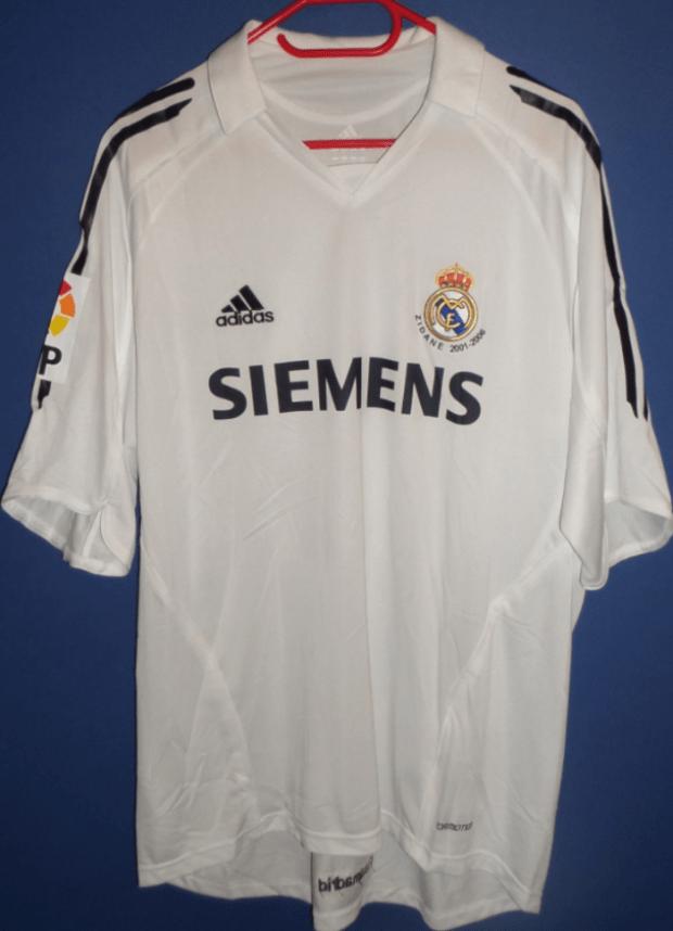 Jersey yang digunakan terakhir kali oleh Zidane