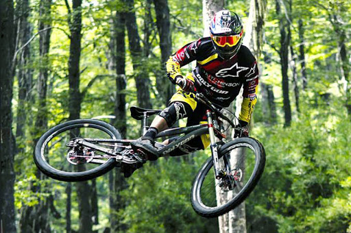 jersey sepeda downhill