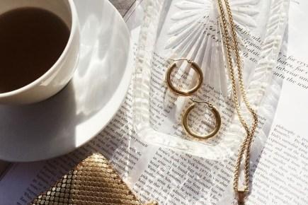 Серьги-кольца модные украшения 2020