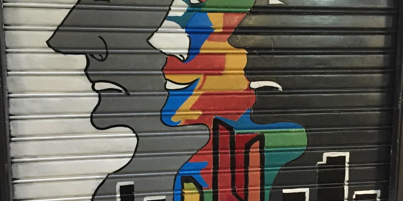 Maddacinesca (e non solo madda): le saracinesche dipinte della Confisca Canfarotta