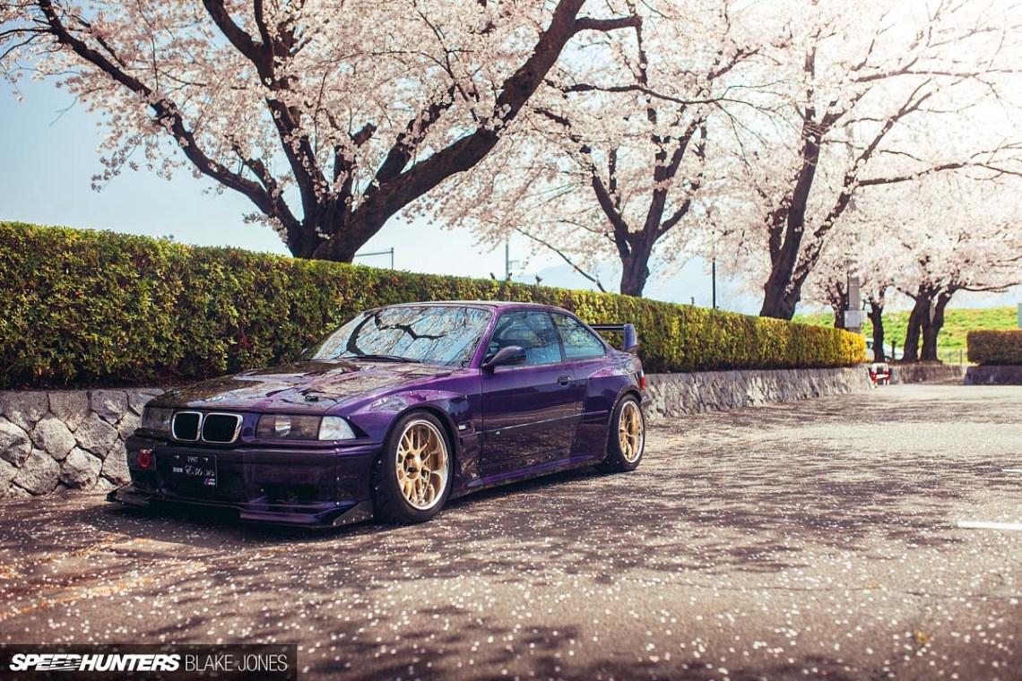 Легендарная BMW E36 - Techno Violet Rocket Bunny