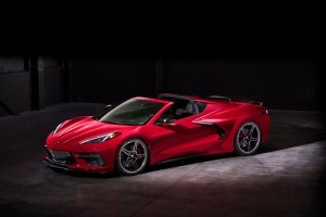 2020-Chevrolet-Corvette-Stingray-054