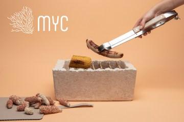 用菌絲製成的烤肉架,烤完就能分解成土裡的肥料!