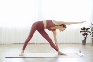智慧瑜珈墊 Solelp,自動幫忙校正伸展姿勢