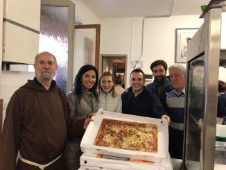 Lions Alessandria Host: 25 metri di pizza per la mensa dei frati francescani CorriereAl