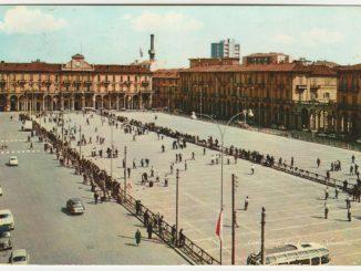 Piazza Garibaldi e il gioco delle bocce [Un tuffo nel passato] CorriereAl