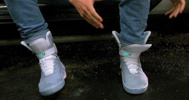 """222f2651df86 Dieses Jahr haben wir ja endlich 2015, also das Jahr, in welches Marty  McFly in """"Zurück in die Zukunft II"""" reist. Nike hat jetzt bestätigt, dass  die Schuhe, ..."""