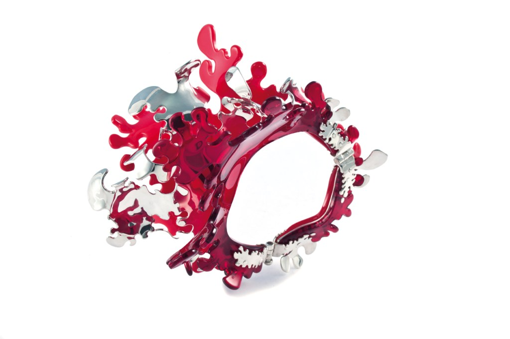 Coral_bracelet-Oriane_Meyer