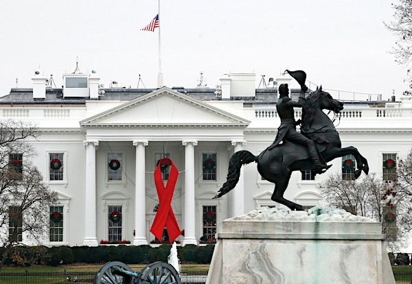Trump to Lower Flags to Honor Coronavirus Death Victims