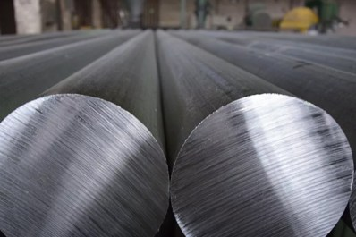 Trump Signs Proclamation to Reimpose 10% Tariff on Canadian Aluminum