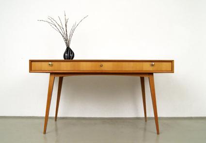 MAGASIN Möbel » 50er Jahre WK Möbel Schreibtisch (204)