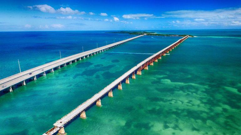 Bridges in the Sea