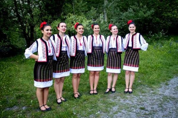 moldova ansamblu fete