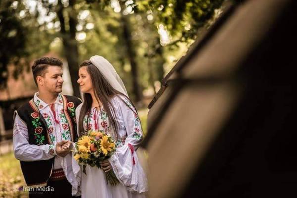 mire mireasa la nunta