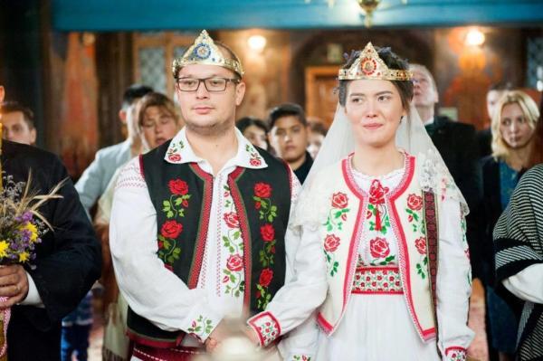mire mireasa nunta haine