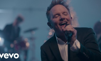 Chris Tomlin - Miracle of Love