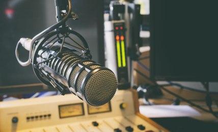 A rádiós Kádár rendszer
