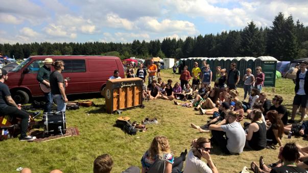Campingplatzkonzerte sind hier keine Seltenheit (Foto: Thorsten Friedrich)