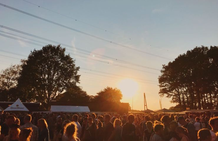 Haldern Pop Festival 2018 Bühne Publikum Sonnenuntergang