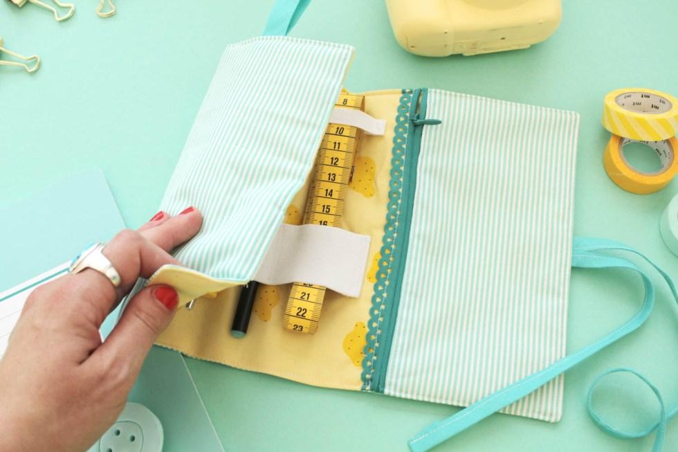 Makerist-edding-Kabel-Organizer selbernähen-Roll-Utensilo-DIY-Anleitung (42)