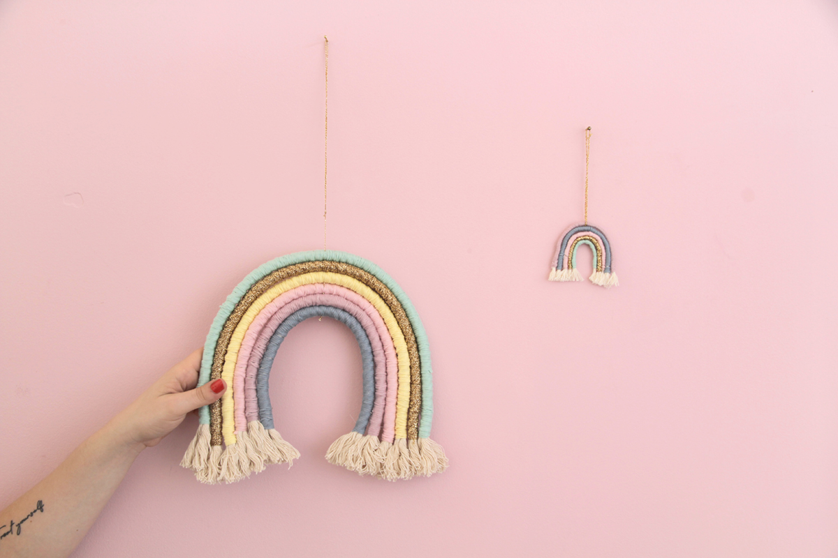 Makerist-Regenbogen-Wand-Deko-Fiber-Rainbow-DIY-1
