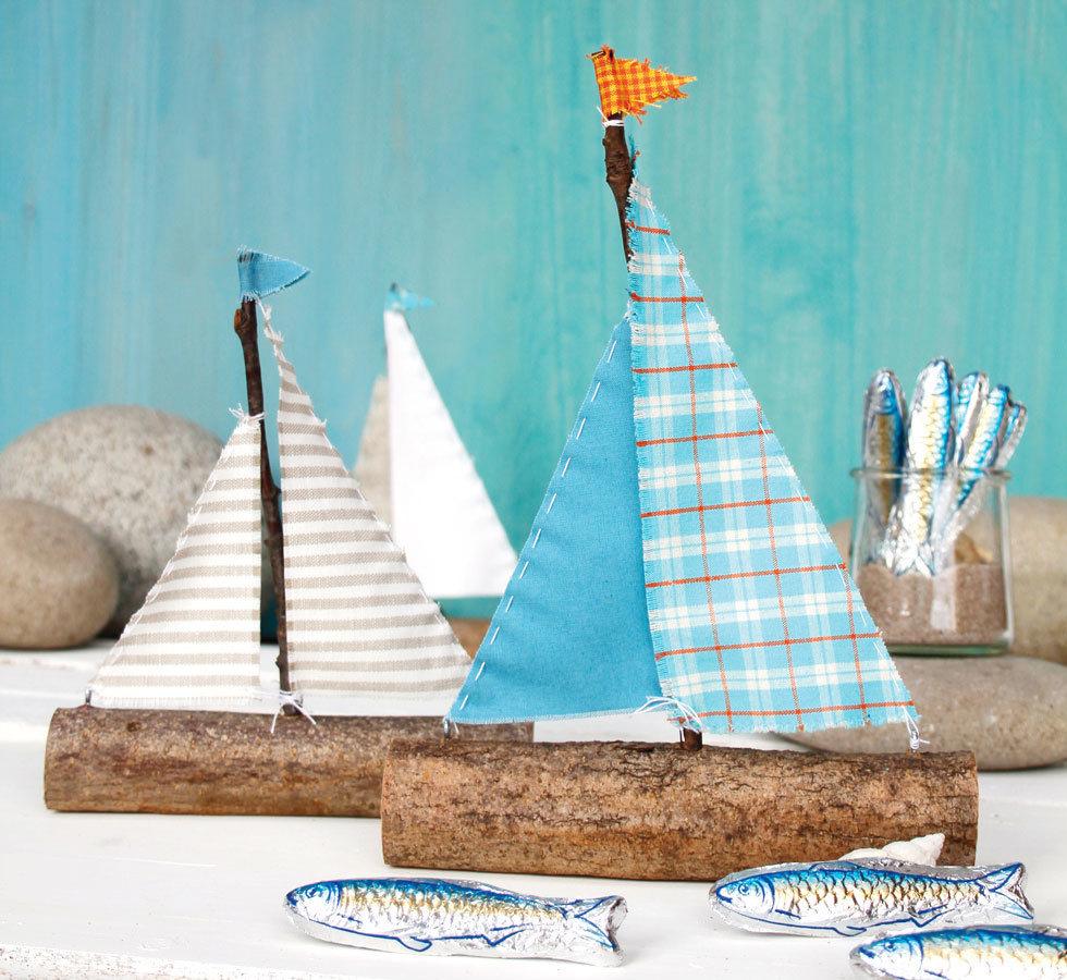 Makerist-Basteln-mit-Kindern-50-DIY-Projekte-Boote-aus-Ästen