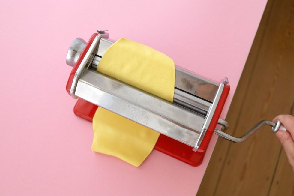 Makerist-DIY-FIMO leather-effect-Geschenkanhänger-Gepäckanhänger selbermachen (8)