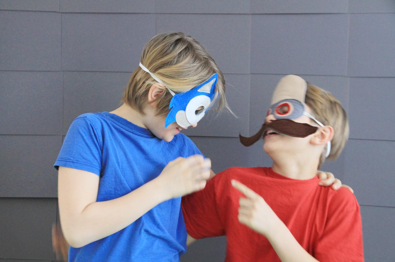 Makerist-Sonic-the-Hedgehog-Masken-aus-Filz-für-Karneval-und-Fasching-selbermachen-Boots-11