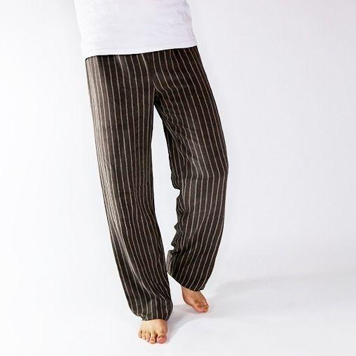 Schlafanzüge-und-Bequemes-17-Anleitungen-für-die-Pyjama-Party-Pyjamahose-für-Männer