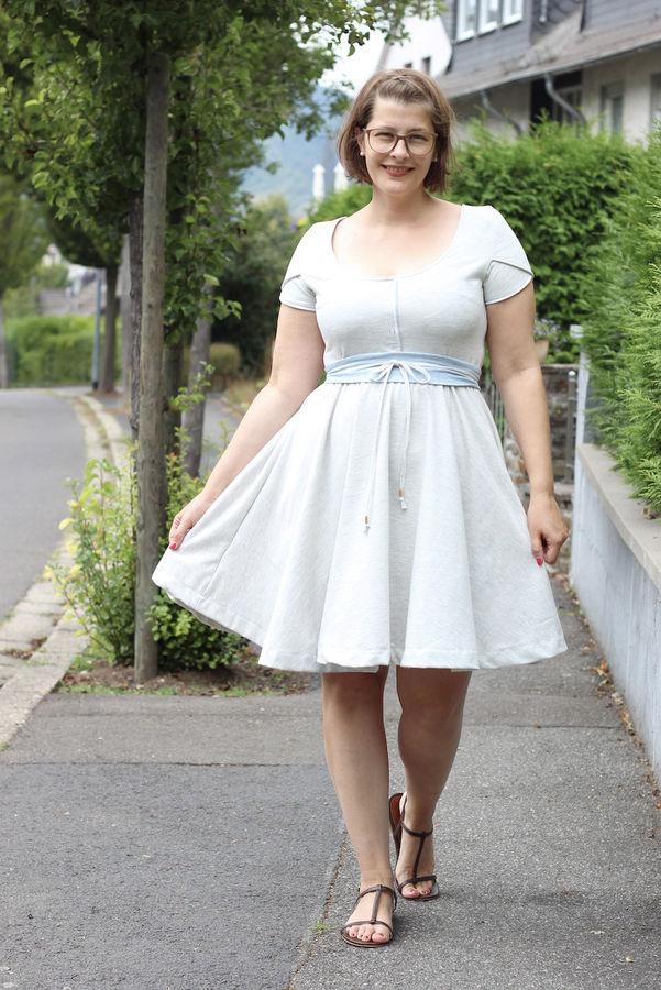 Kleid Selber Nahen 11 Schnittmuster Fur Den Fruhling Makerist Magazin