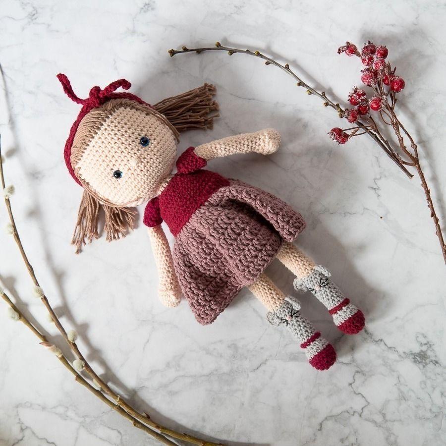 Makerist-Hase-Bär-undCo.-Unsere-17-beliebtesten-Amigurumi-Anleitungen-Mausifin-Puppe-1