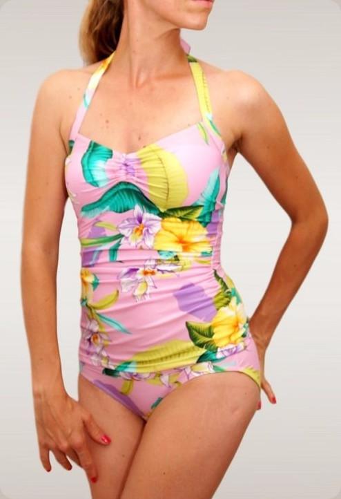 Makerist-Bikini-Badeanzug-und-Co-selber-nähen-17-Anleitungen-für-den-Sommer-Badeanzug-Marilyn