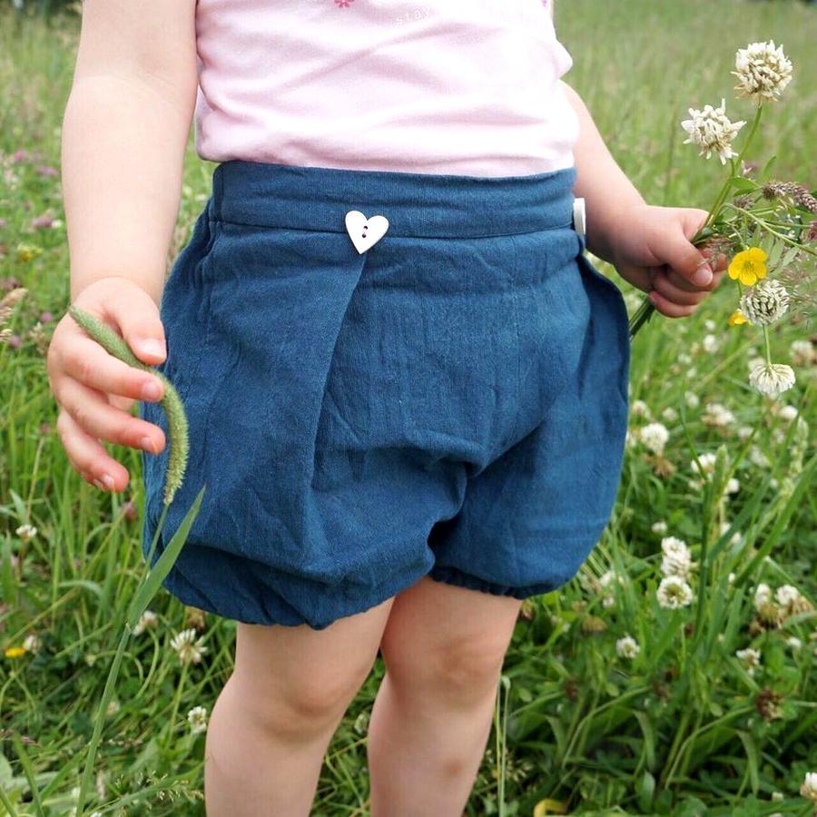 Makerist-Kindermode-für-den-Sommer-15-Anleitungen-zum-Selbernähen-Pumphose-2.-Option