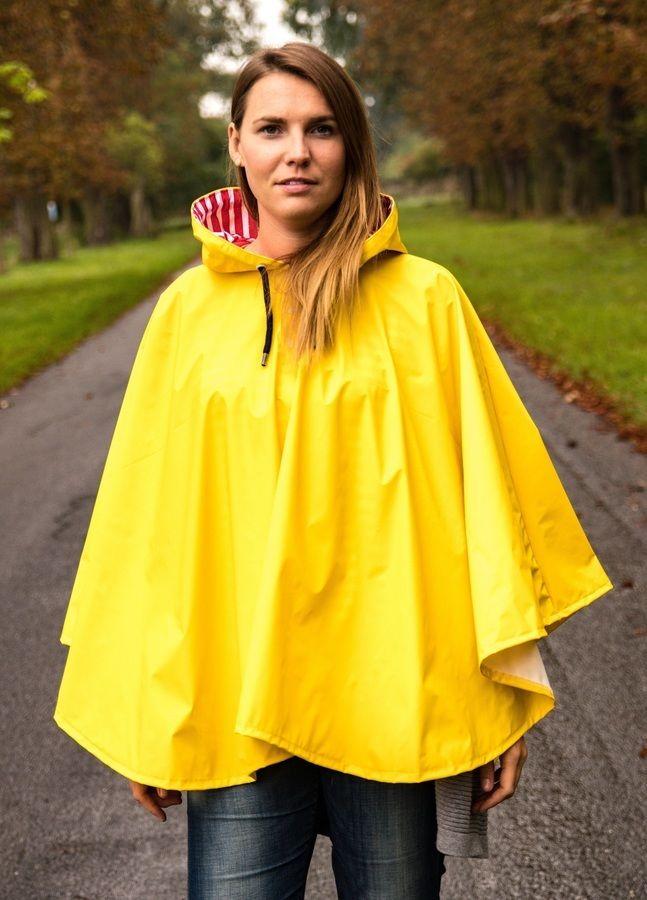 Makerist-Outdoorkleidung-selber-naehen-15-Anleitungen-fuer-jedes-Wetter-Regencape-Damen