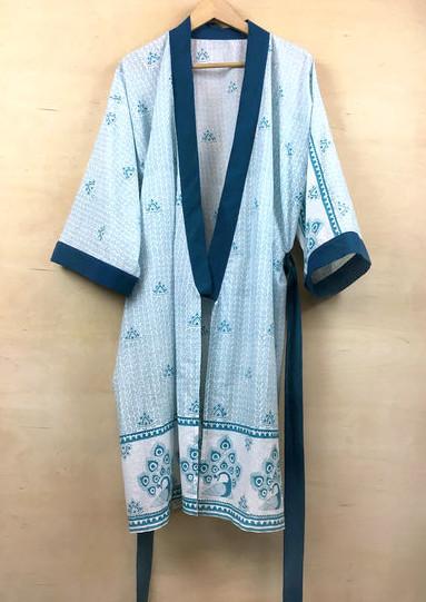 27-Last-Minute-Weihnachtsgeschenke-zum-Selbermachen-Kimono-Bademantel