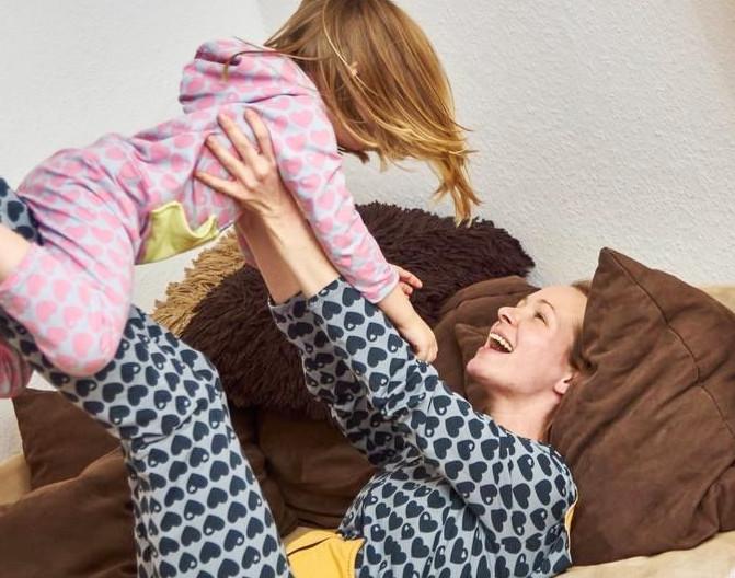 Makerist-gemuetliche-Homewear-selber-naehen-13-tolle-Anleitungen-Einteiler-Damen