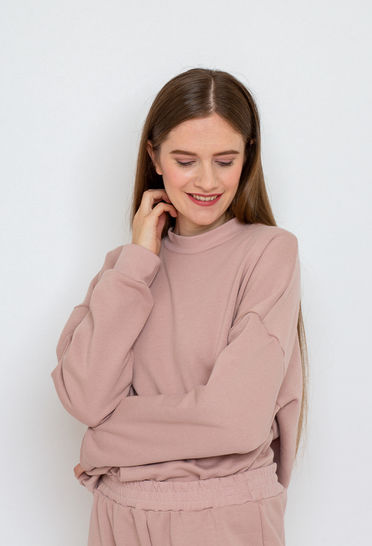 Makerist-gemuetliche-Homewear-selber-naehen-13-tolle-Anleitungen-Oversize-Sweater-1