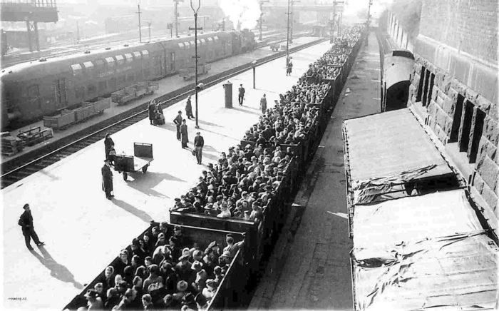 Le ferrovie e la Shoah. La battaglia di Salo Muller, fisioterapista dell'Ajax