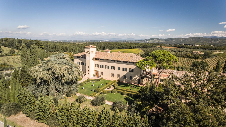 COMO Castello Del Nero como hotel and resorts new wellness retreats wellness italy